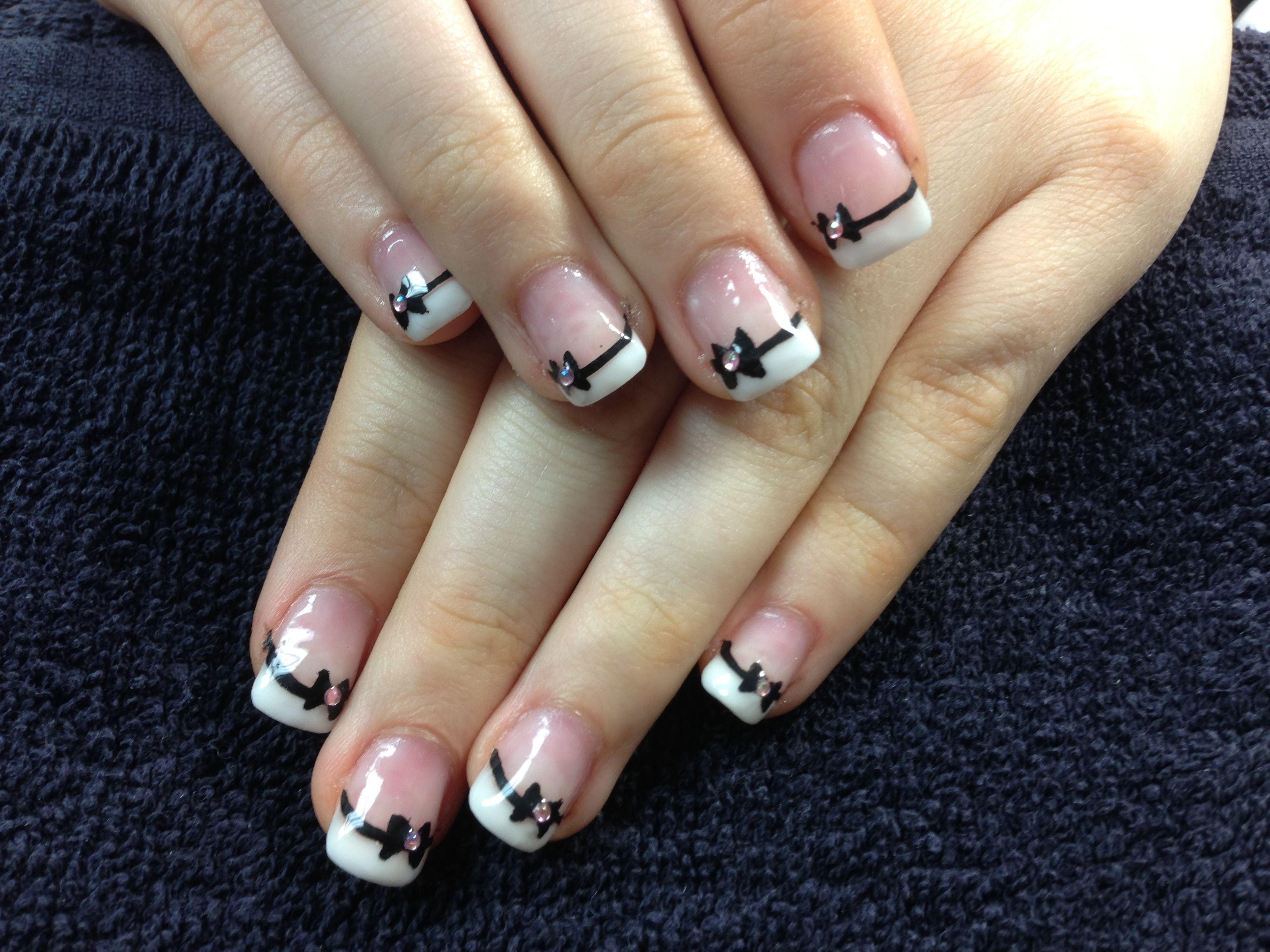 Kiaras nails bow tie gel nail art nails pinterest gel kiaras nails bow tie gel nail art prinsesfo Choice Image