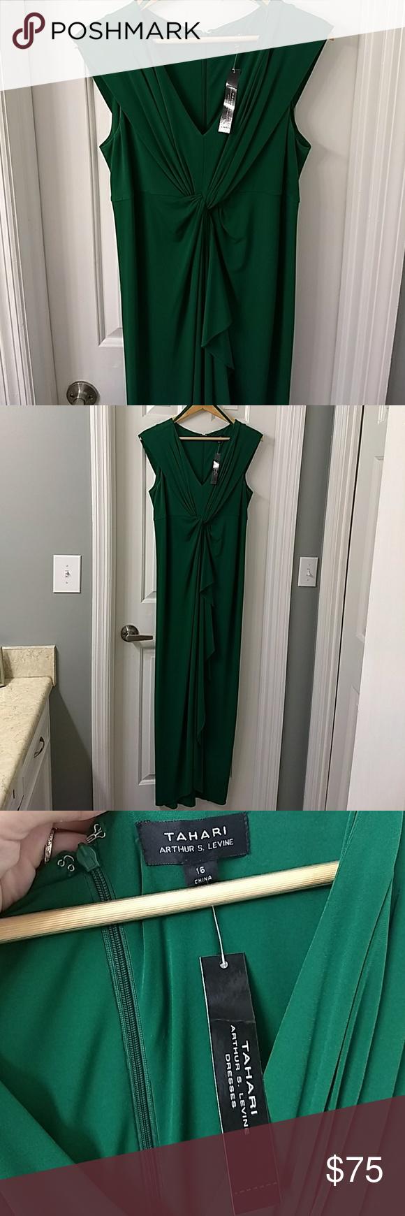Gorgeous Emerald Green Tahari Maxi Dress Maxi Dress Green Dresses Maxi Dress [ 1740 x 580 Pixel ]