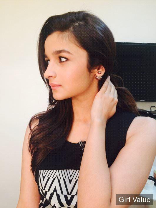 alia bhatt in black dress  photos