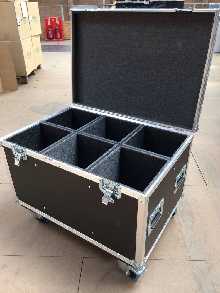 Disco Light Flightcase Tool Storage Trunk Garage Shed Heavy duty Wheels Trifibre & Disco Light Flightcase Tool Storage Trunk Garage Shed Heavy duty ...