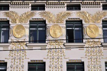 li. wienzeile 38, Wien, goldene Fassade Koloman Moser