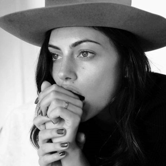 Girl of our dreams @phoebejtonkin #somedayslovers #hatgoals #freshface