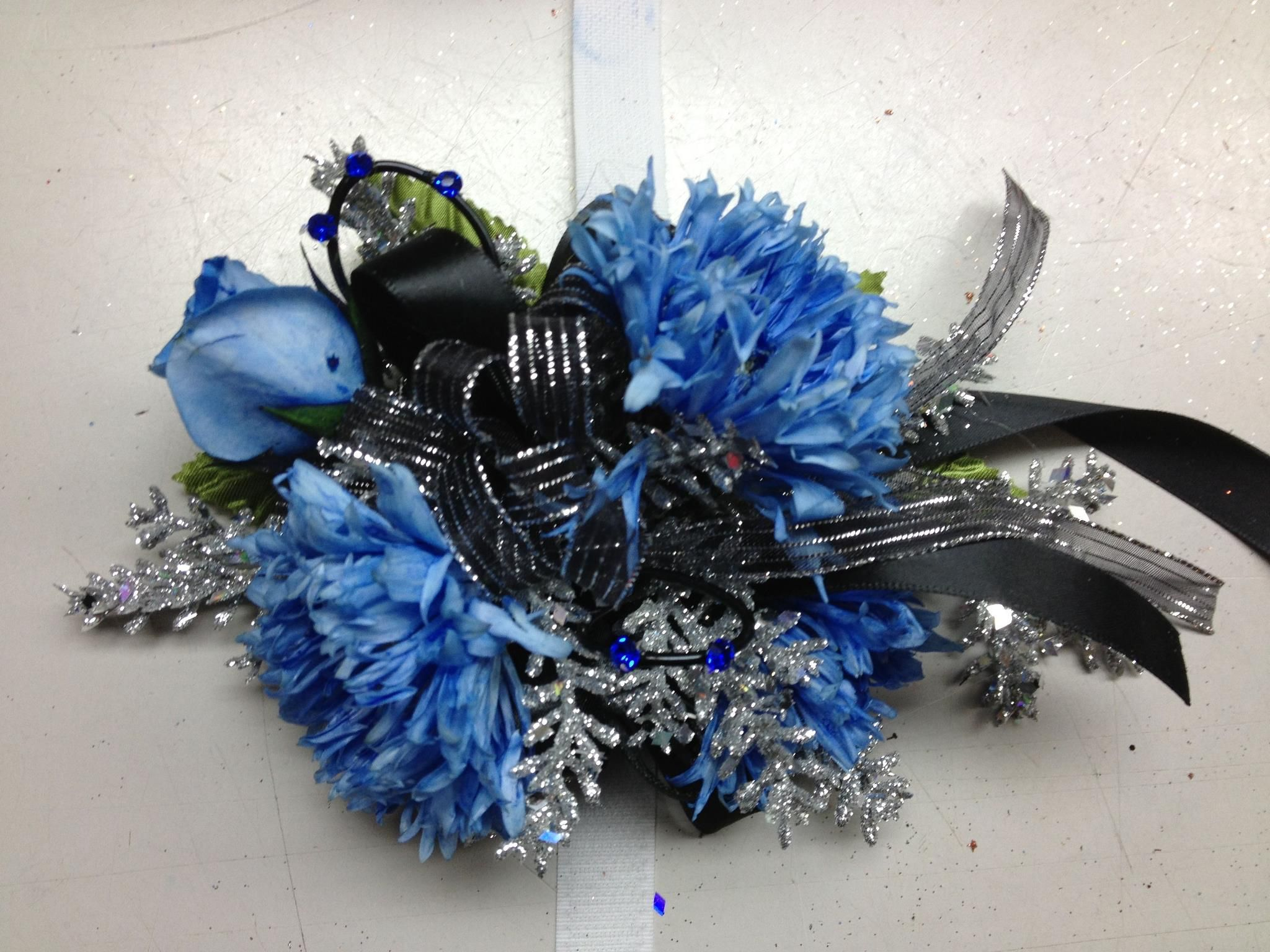 Blue mini roses and teddy bear mums with black and silver accents blue mini roses and teddy bear mums with black and silver accents for prom dhlflorist Images