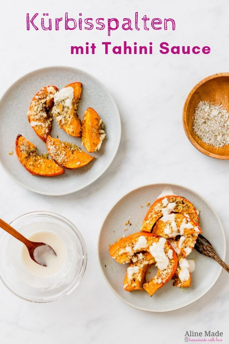 Kürbisspalten im Ofen mit Tahini Sauce