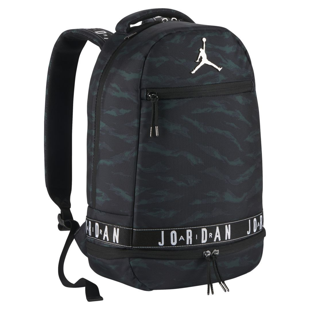 61834ef6f354 Air Jordan Backpack Size ONE SIZE (Black) in 2019