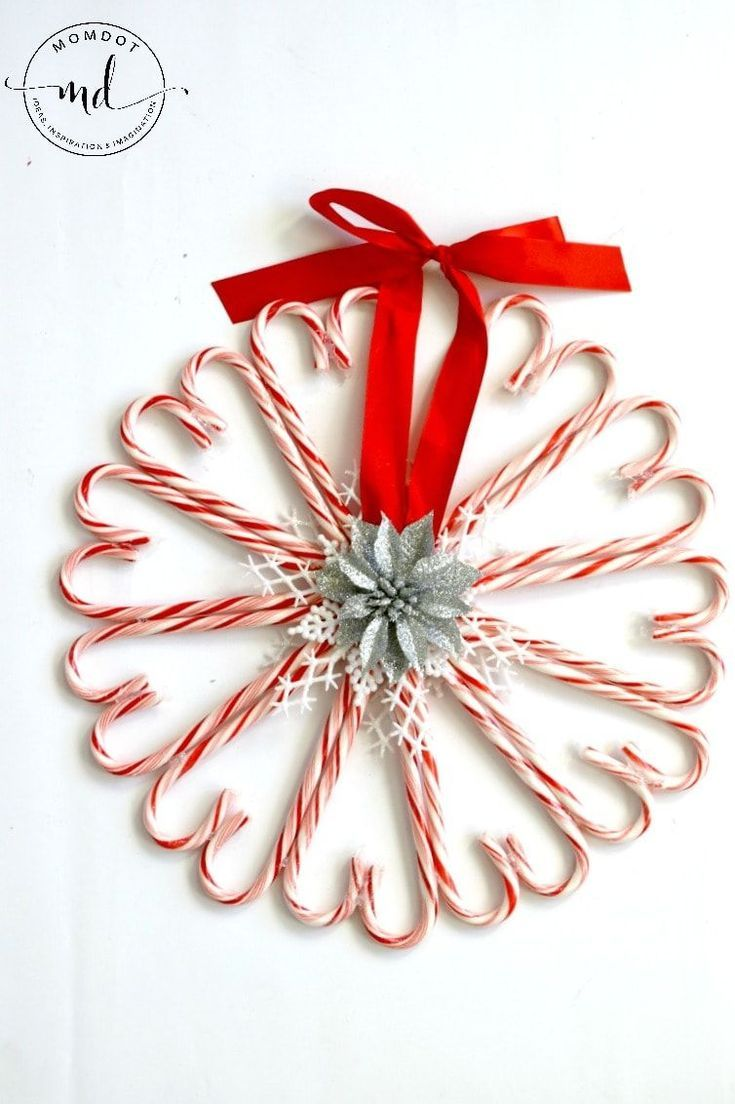 Candy Cane Wreath | Christmas Wreath DIY -