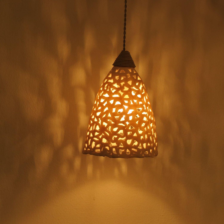 Lampade Sopra Tavolo Da Pranzo lampadario. apparecchio di illuminazione in ceramica