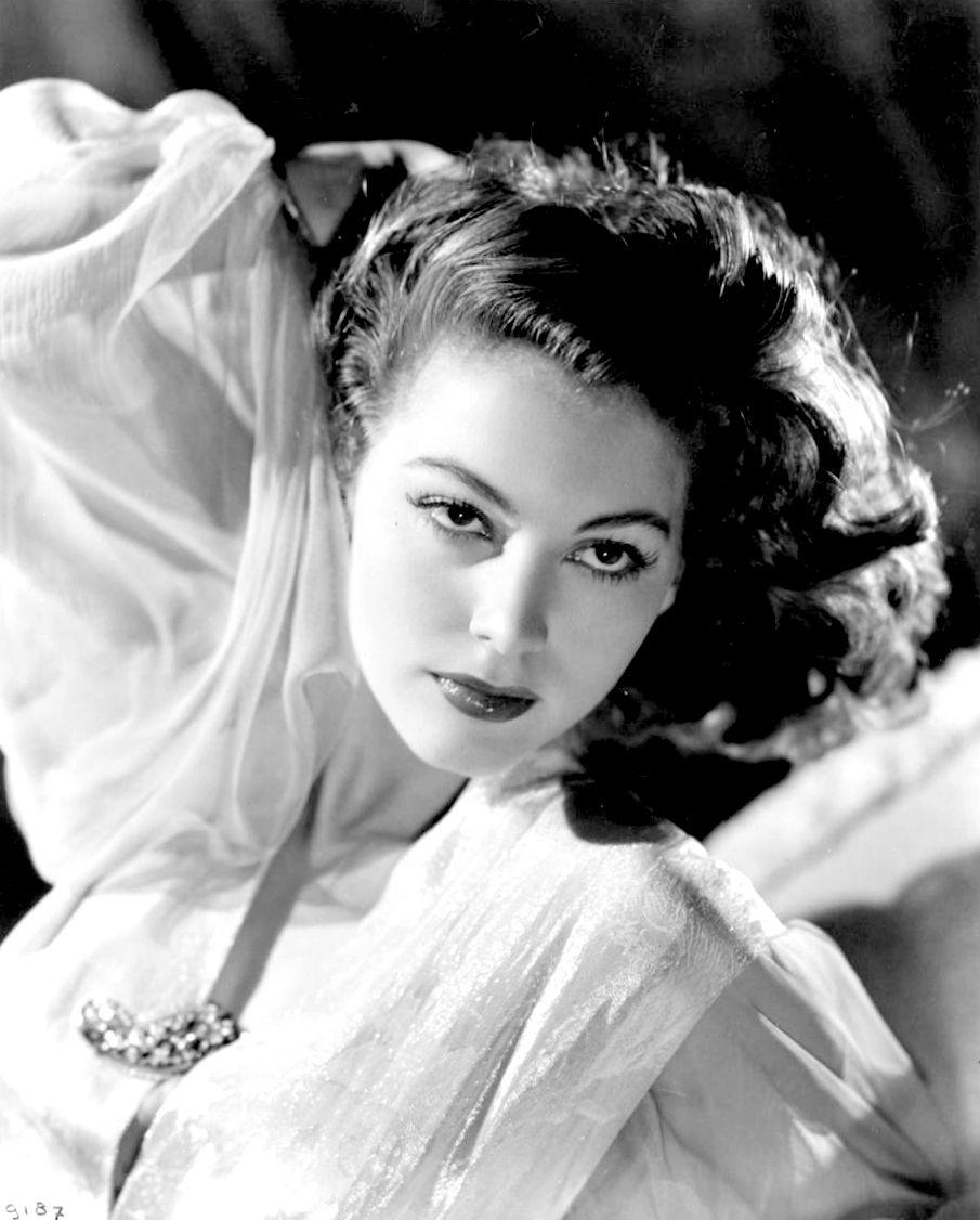 Ava Gardner: A Face Like No Other • goldenageestate: Ava Gardner, 40s