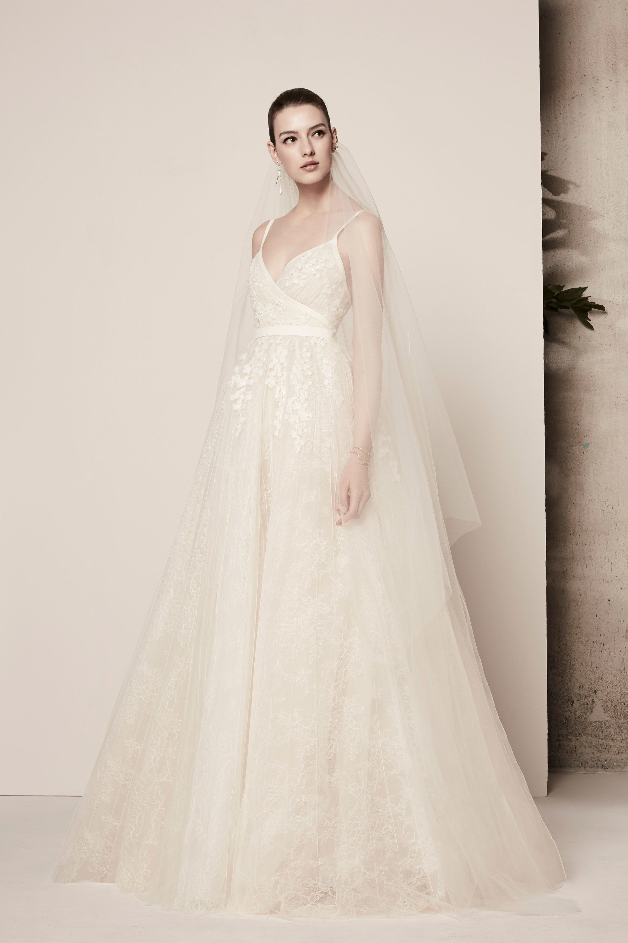 ecb8c40c5a0 Elie Saab Bridal Spring 2018 Collection Photos - Vogue