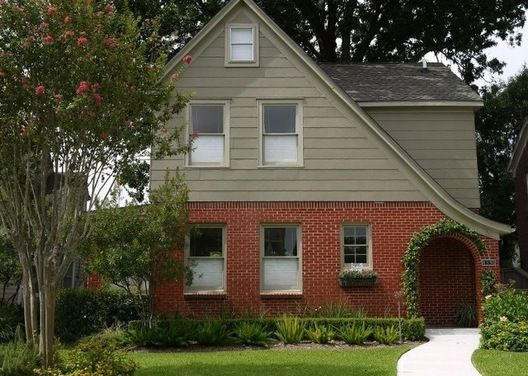 Exterior color to complement red orange brick houzz home exterior pinterest exterior Exterior paint with red brick