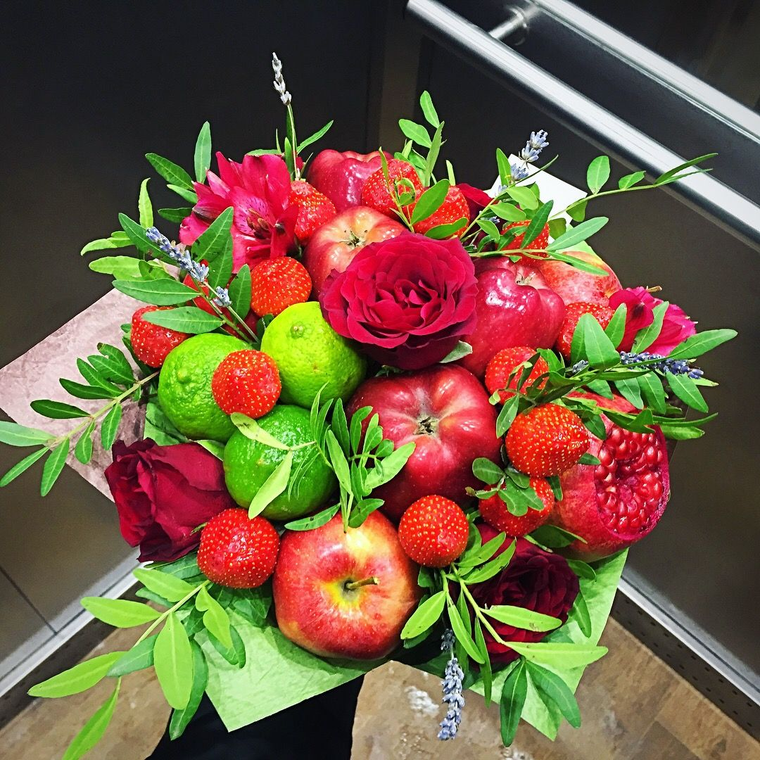 Pin By On Workshop Fruit Bouquets