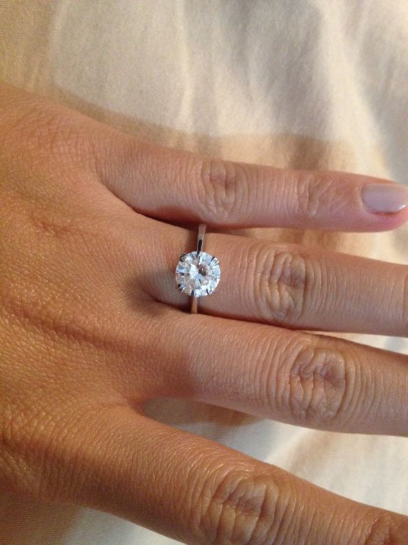 1 5 Carat 2mm Band On Size 5 Finger 2mm Band Seems Like