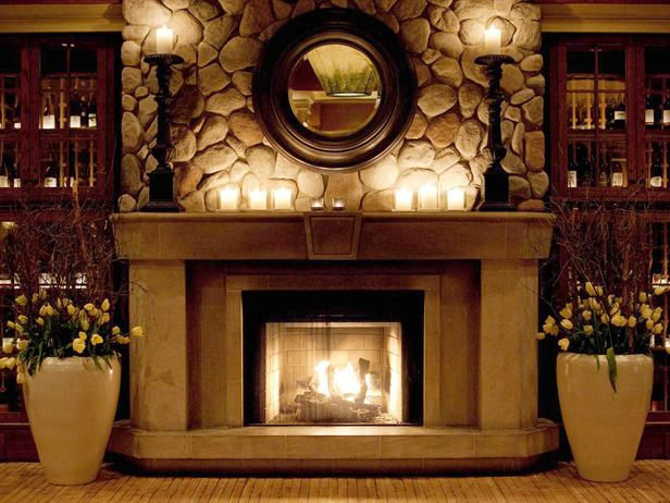 Love This Candlelit Fireplace Display W Large Vases And Snow