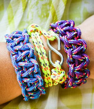 Paracord Bracelets We Have Made These At Scout Events With Whistles Attached The Kids Vbs Loved Them Too Especially Agers