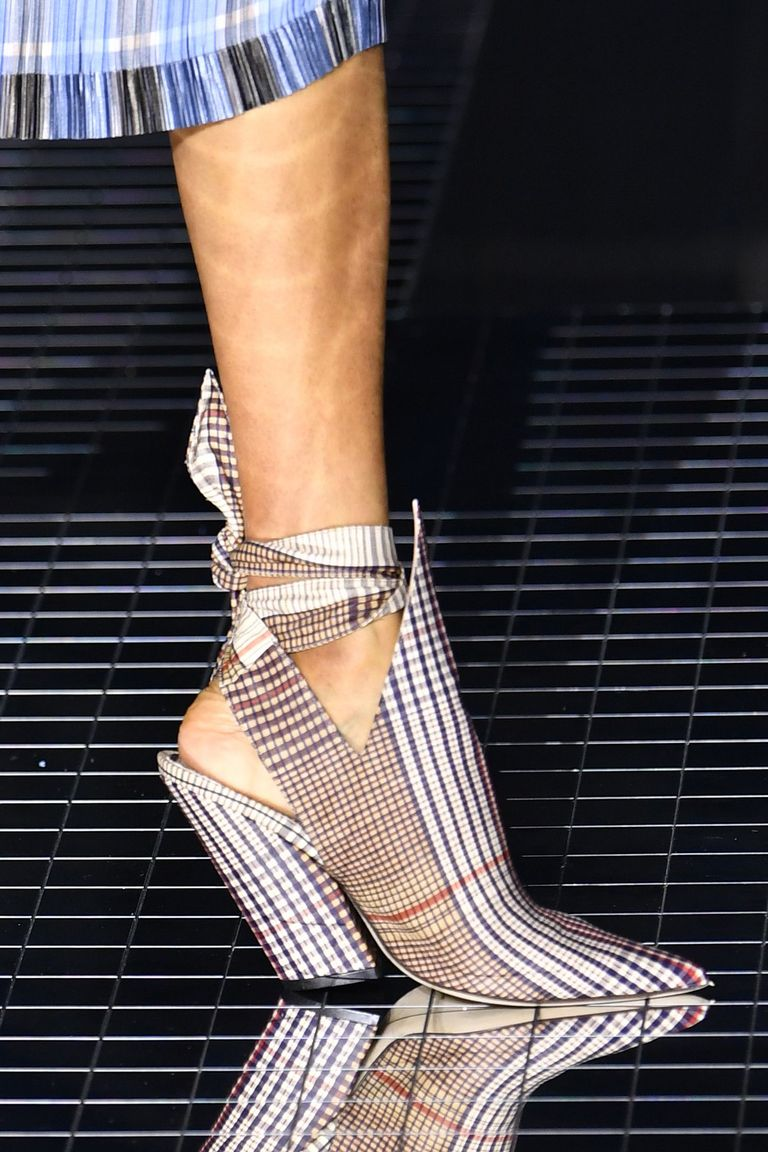 The 10 Fall Runway Shoe Trends to Buy Into Right Now