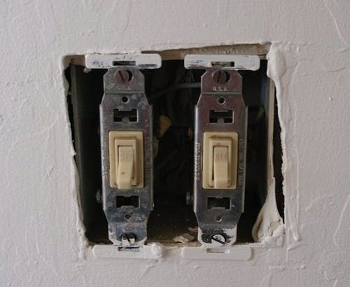How To: Change a Light Switch | Wall switches | Replace light switch