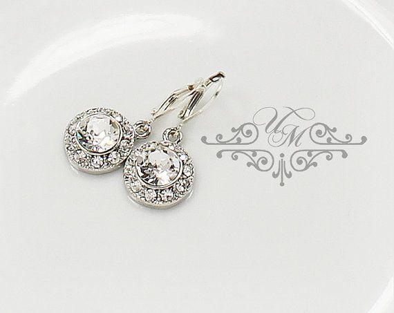 Swarovski Crystal Rhinestone earrings / Weight : 3g each Rhinestone Circle : 14mm 100% Brand New / https://www.etsy.com/listing/193532338/wedding-jewelry-wedding-bridal-earrings?ref=shop_home_active_22