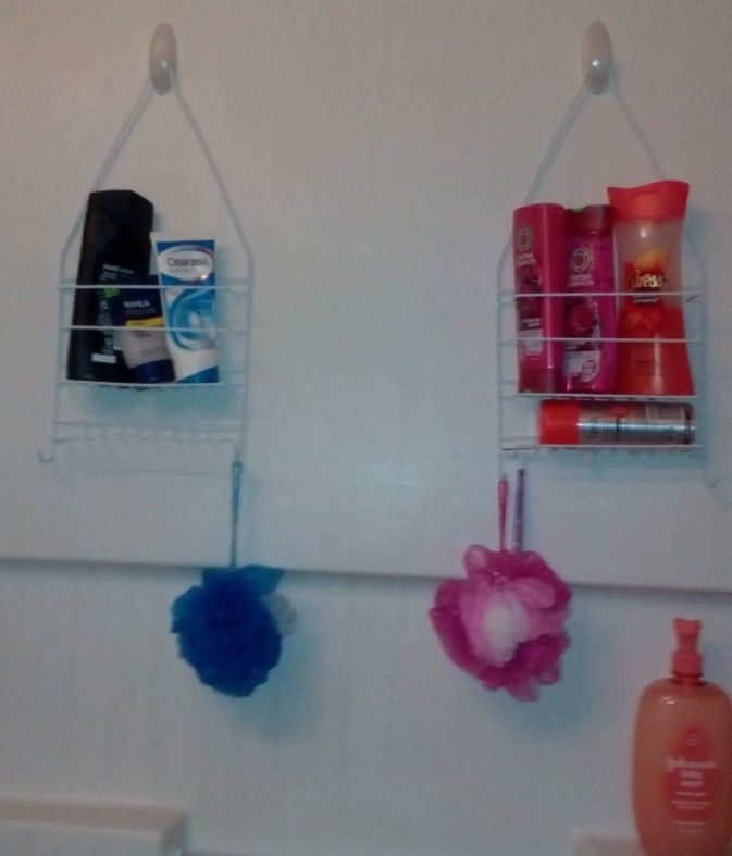 Command Hooks And Dollar Tree Shower Caddies Looks Well Organized