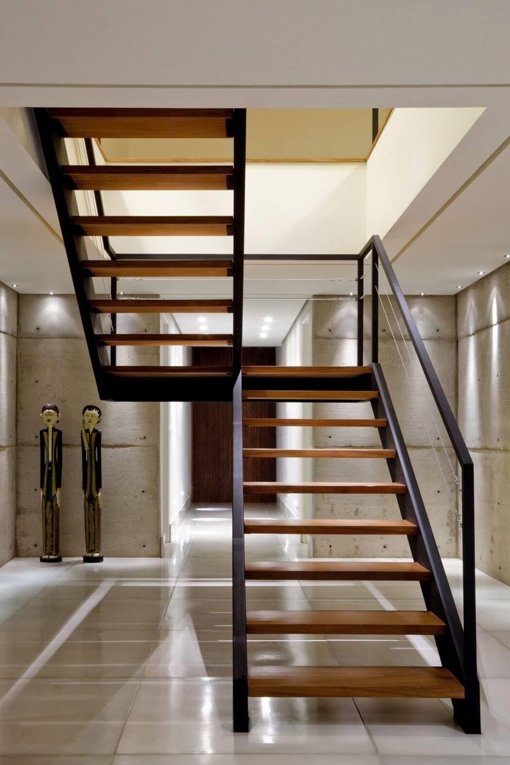 Contemporary Home In Bras Lia Values Daylight Natural Ventilation  ~ Escaleras Prefabricadas De Madera
