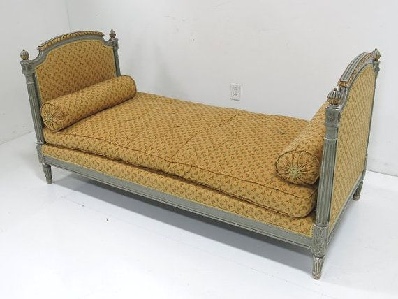 Vintage French Louis Xvi Daybed