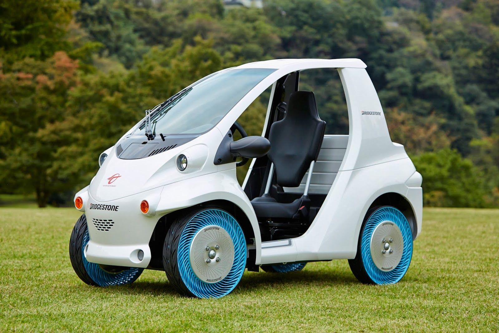 Nouvelle Gamme De Pneus Sans Air Autos Minis
