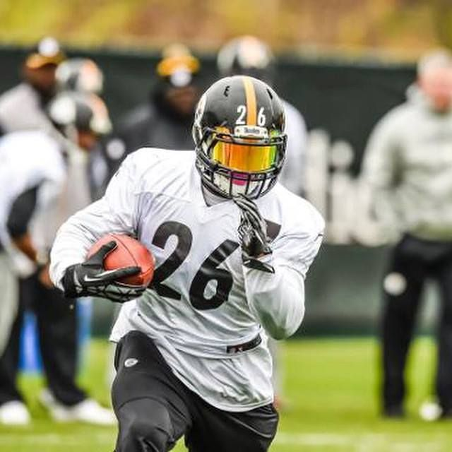 Le'Veon Bell  Work hard, play hard...I can promise youu no one loves the game more than I do!! #Work #PracticeMakesPerfect #Leggooo