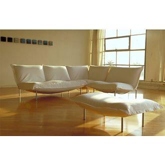sofa calin - LIGNE ROSET LOVESEAT WITH BICOLOR PILLOW ...