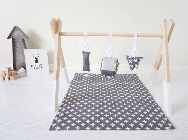 Idee Fur Spielbogen Aus Holz Sensory Room Baby Baby Gym Infant
