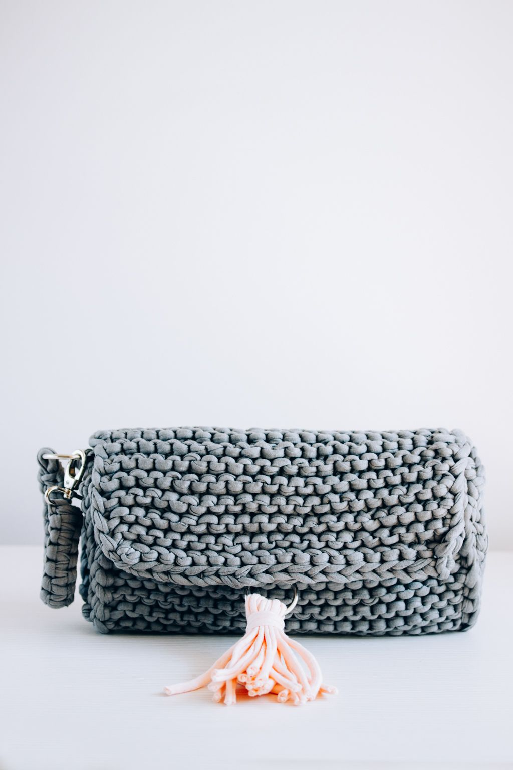Super easy step by step diy - knitted summer purse that will match ...