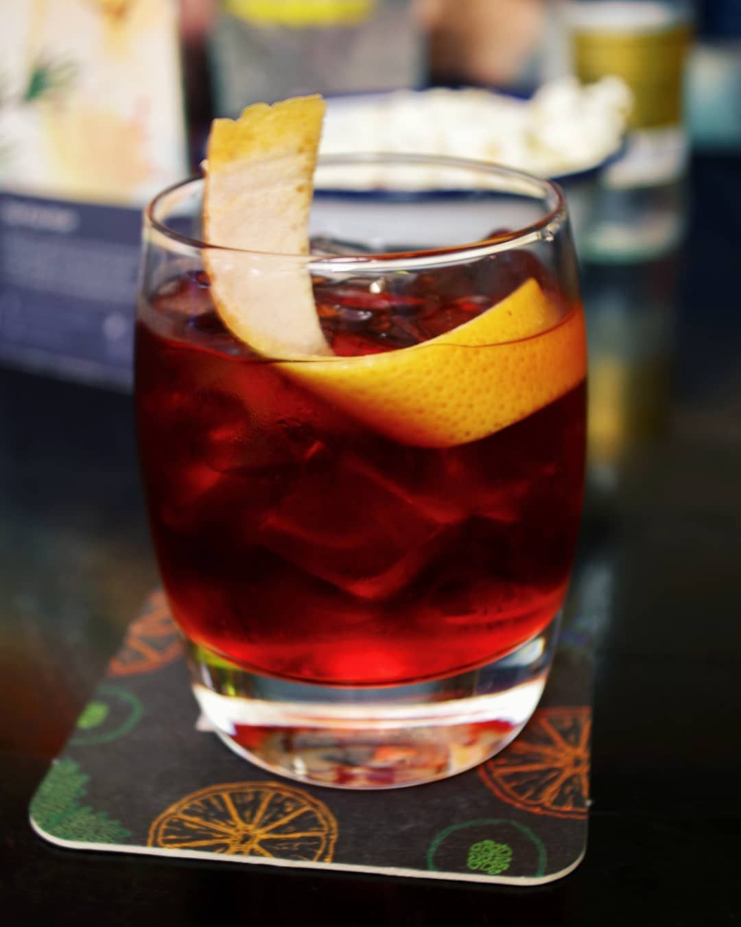 Inka Larissa On Instagram I Ve Posted This One Sometime Ago But Feel Negroniweek Is The Perfect Time To Share This Weird And Wonderful Negroni Variat Negroni