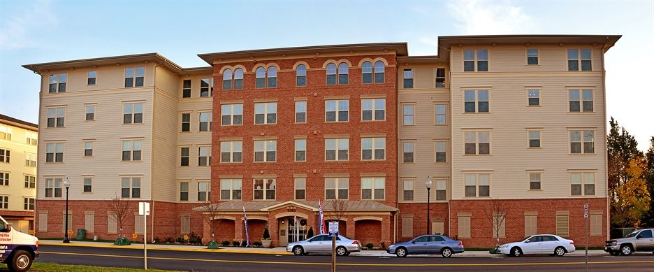 The Courts At Historic Manassas Apartments Manassas Va Green Apartment 3 Bedroom Apartment Bedroom Apartment