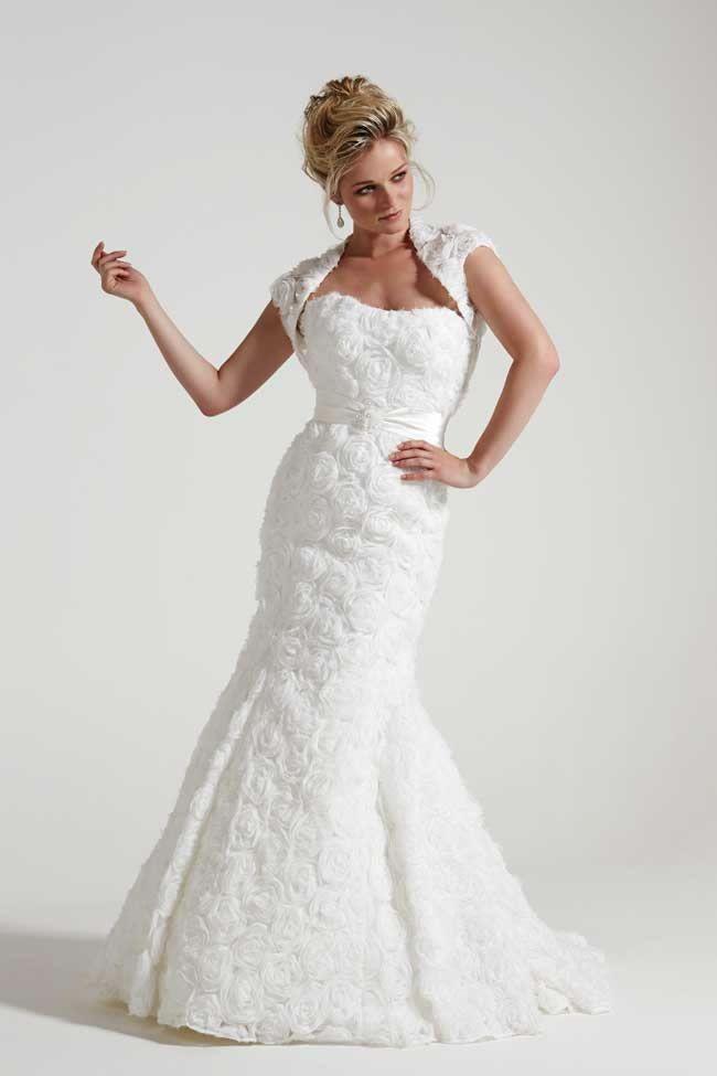 19 Flattering Wedding Dresses To Suit Older Brides | Wedding dress ...