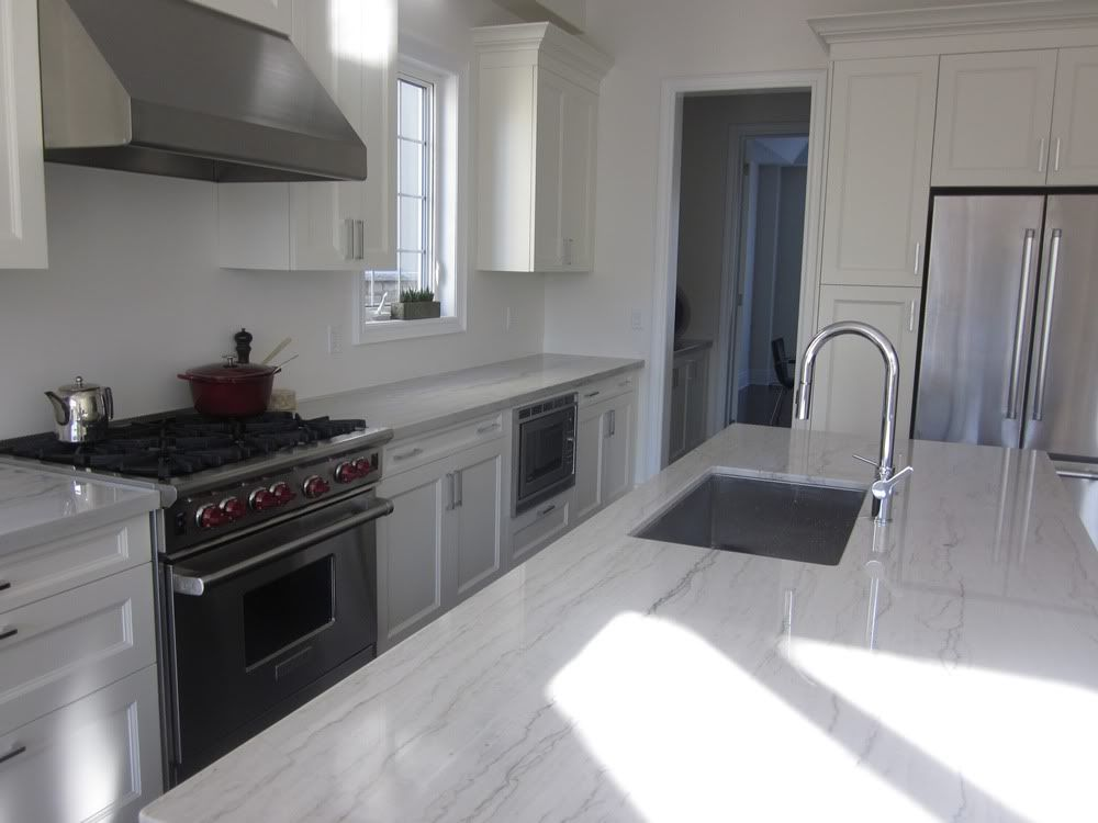 Luce Di Luna Quartzite Kitchen Coutertops