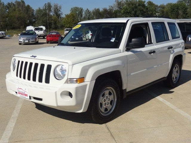 Pin By Brittany Grubb On Autos Y Motos In 2021 Jeep Patriot Jeep Patriot Sport Jeep Cars