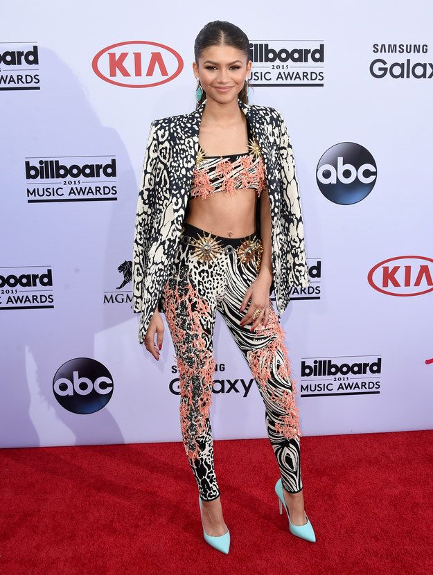 Orrrr like this. | Zendaya Is Rocking A Full On Mullet At The Grammys