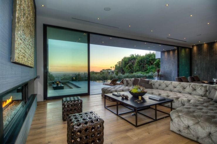 Villa moderne avec vue superbe en hauteur