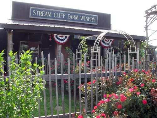 Stream Cliff Herb Farm Commiskey Photo Www Streamclifffarm Com Herb Farm Day Trips Places To Go