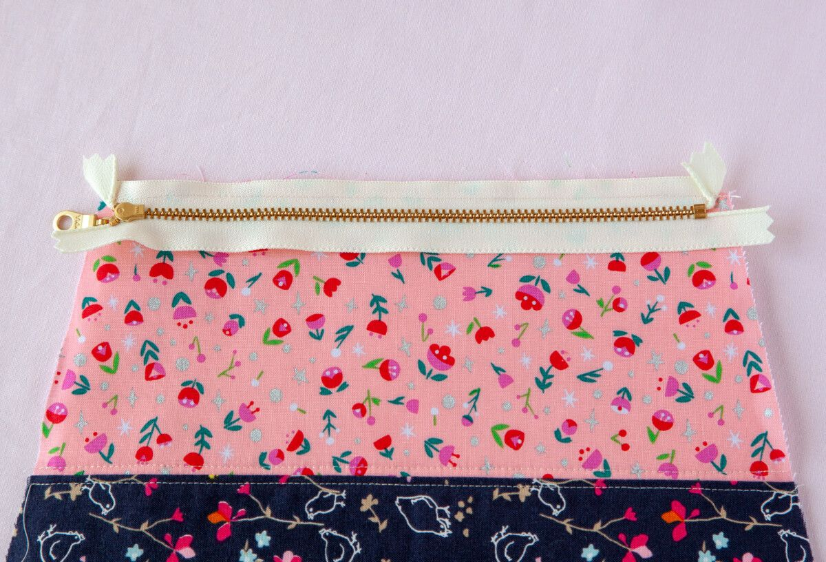 Diy Cosmetic Zipper Pouch With Images Cosmetic Bag Pattern