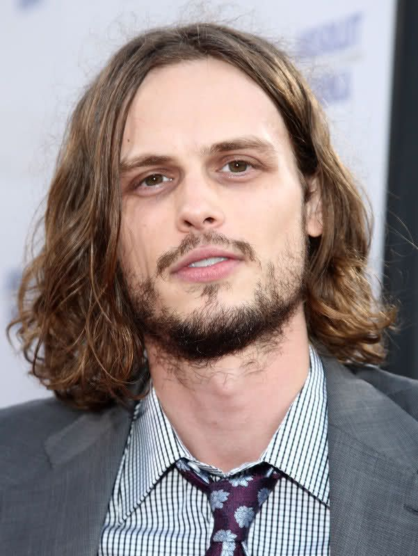 With A Special Appearance By Zooey And Joe Dont Expect Too Much Of Them K This Is A Gubler Post Vintage Long Hair Styles Matthew Gray Gubler Long Hair Images