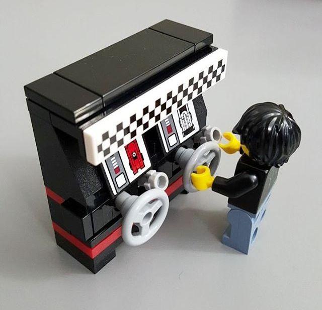 LEGO Stand-Up Racing Arcade Game Created by JANGbricks.com #vintage #arcade