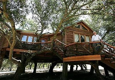 Dreamhouse in the trees - LA Times