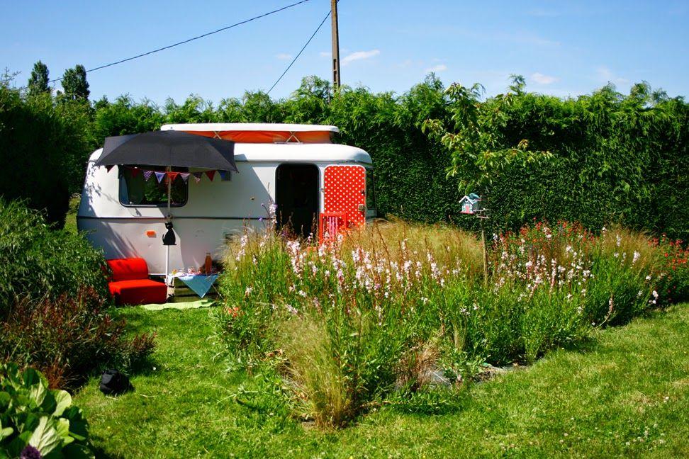 La Caravane Projet De Famille Caravane Caravane Eriba Idees Jardin