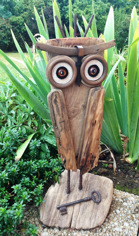 La grande chouette du bois flott sculptures gravures for Grande branche bois flotte