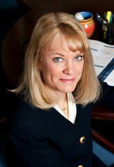 Agency Owner Karen Nemier With Images Insurance Agency