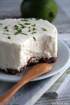 Cheesecake sans cuisson chocolat-citron vert - La recette : http://www.byacb4you.com/2014/05/cheesecake-sans-cuisson-chocolat-citron-vert.html