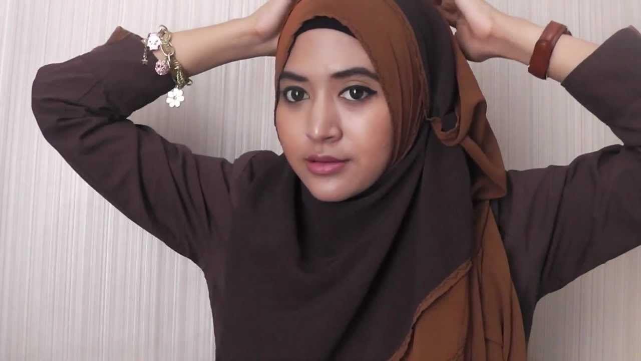 Fairani Hijab Style Gaya Hijab Modern Natasha Farani 2016