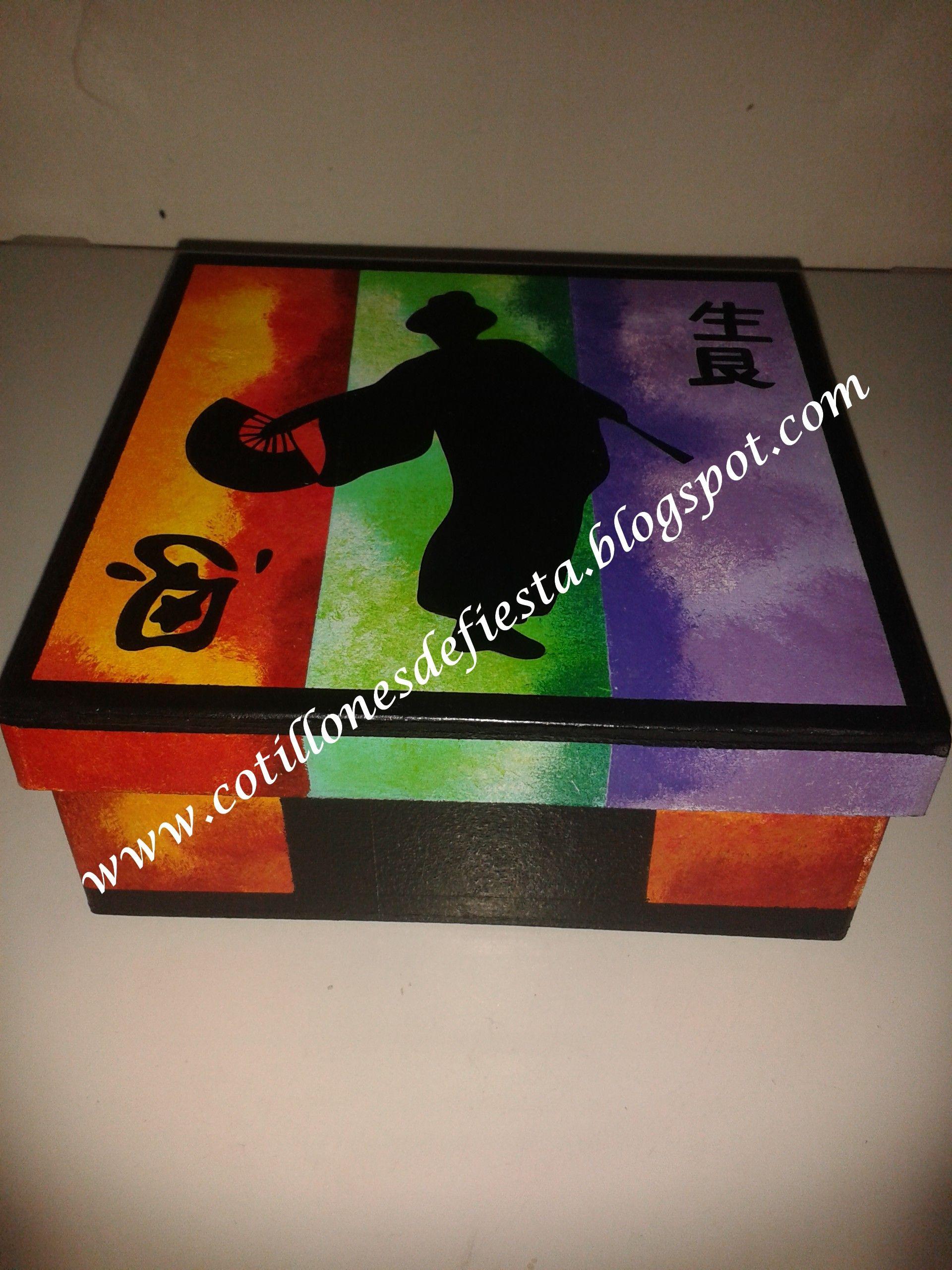 Caja de madera mdf pintada a mano cajas pintadas a mano for Cajas pintadas a mano