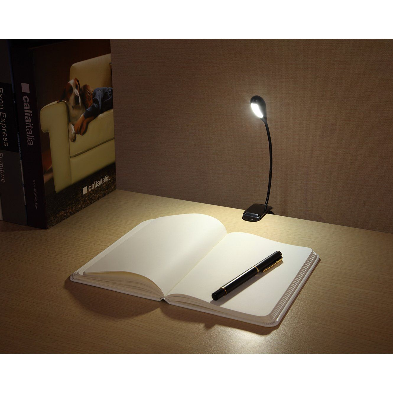 Amazon Book Light Classy This Book Light Comes Really Recommended On Amazoni Might Need Design Ideas
