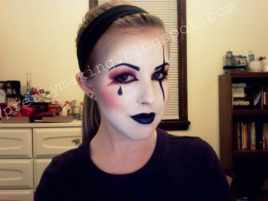 Halloween Cosplay 2020 Piero Pierrot clown makeup | Mime makeup, Harlequin makeup, Halloween makeup