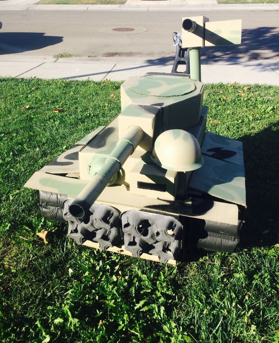 Halloween Tiger Tank cardboard. Tank Commander  Conor. I built the tank for my son.